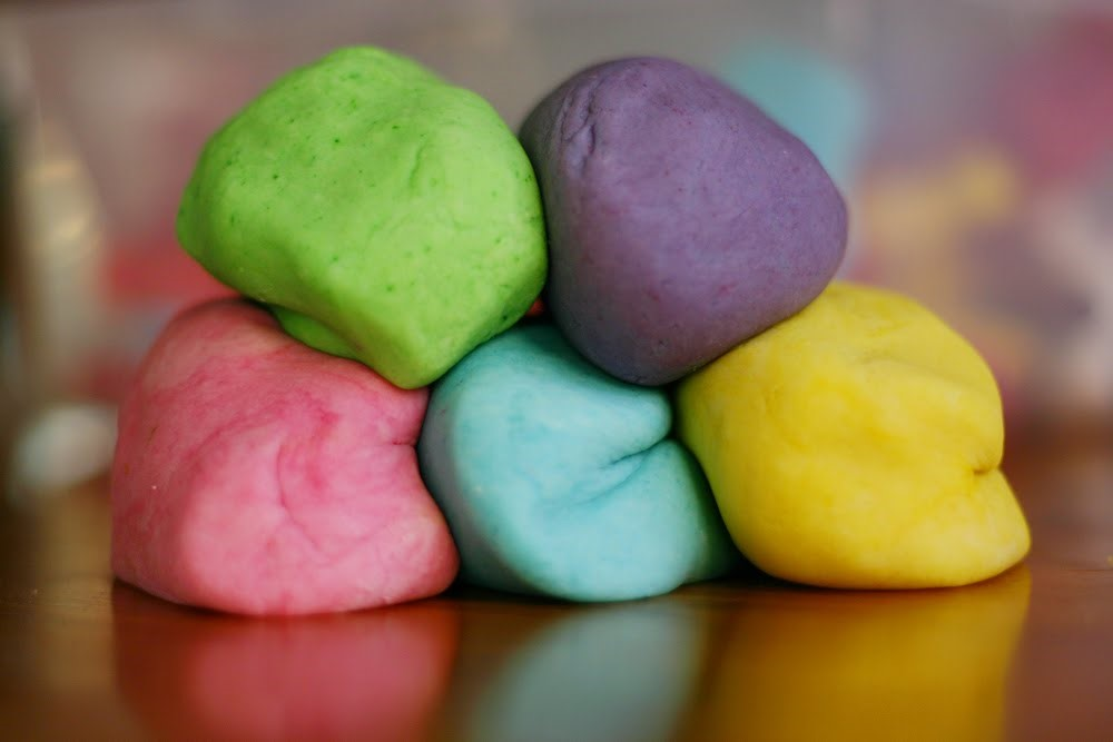 Create & Play Dough